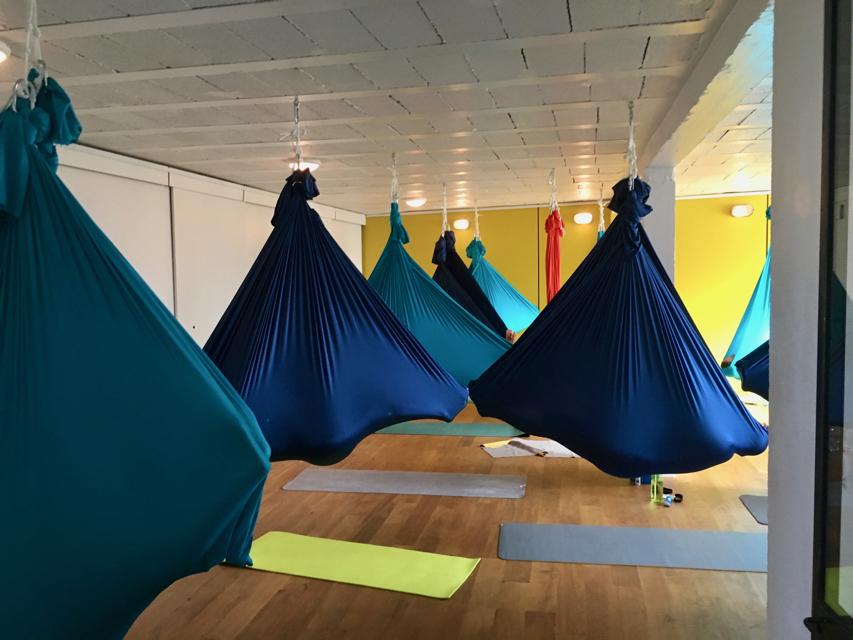 Le Plateau 25 - Nantes - Yoga aérien